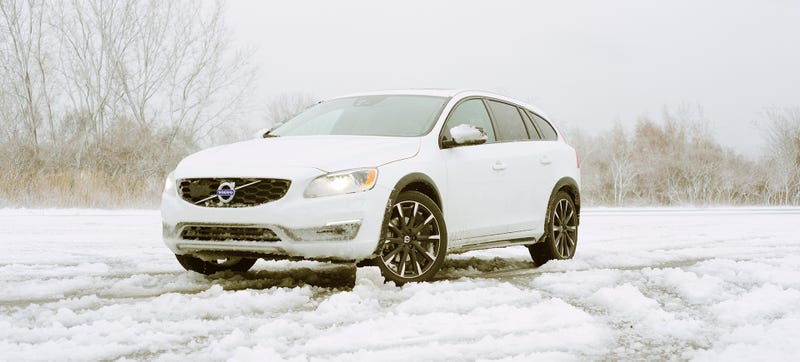 Illustration for article titled The Volvo V60 Cross Country Is Exactly What You Should Do When You Can't Do Anything Else