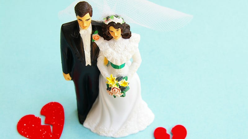 Illustration for article titled Man Fakes Death in Worst Possible Way to Get Out Of Getting Married