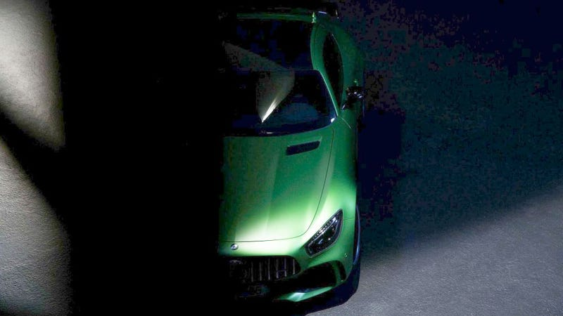 Illustration for article titled The AMG GT-R Will Be The Greenest Mercedes Since That SUV One, Grille Logo To Remain Utterly Massive