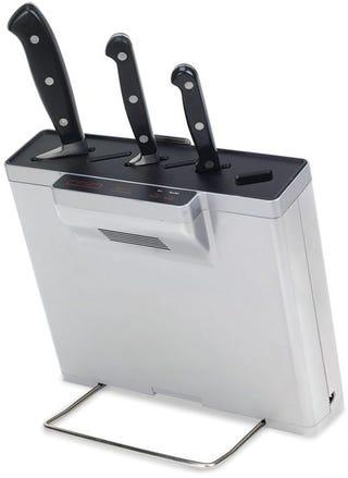 Illustration for article titled Germ-Eliminating Knife Block Sanitizes Your Stabbiness