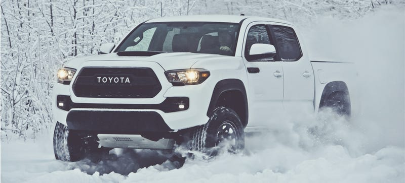 Illustration for article titled 2017 Toyota Tacoma TRD Pro Looks Like A Legit Lightweight Raptor Rival