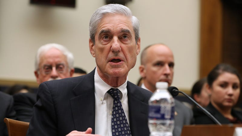 Illustration for article titled 'It's Like All The President's Men Meets Rambo,' Says Robert Mueller Describing Report To Congress