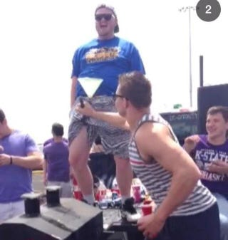 Illustration for article titled Gronk Tailgates K-State Spring Game, Is Amused By Beer Bong In Pants