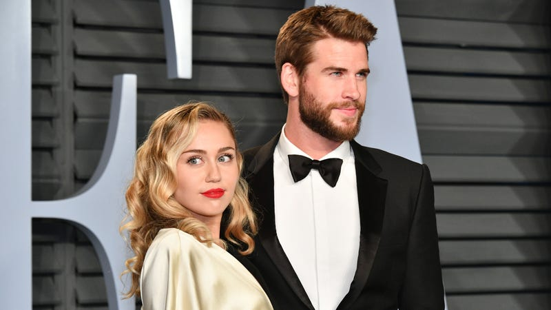 Illustration for article titled Crikey, Miley Cyrus and Liam Hemsworth Are (Reportedly) Expecting a Baby! [Updated]