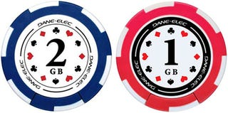 """Illustration for article titled USB Poker Chips, Go """"All In"""" with the Gambling Addiction"""