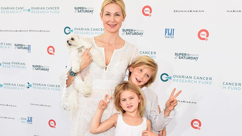 Illustration for article titled Judge Says Kelly Rutherford Lost Custody of Her Kids Due to 'Strong Risk' She'd Abduct Them