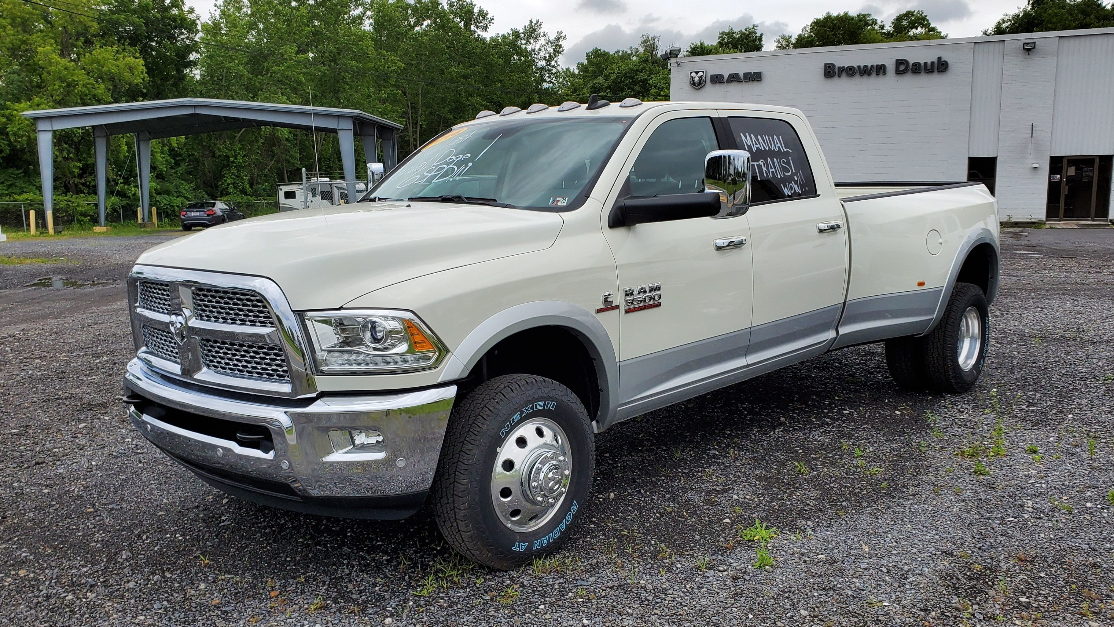 here\u0027s the last 1 ton luxury truck you can buy new with a manual