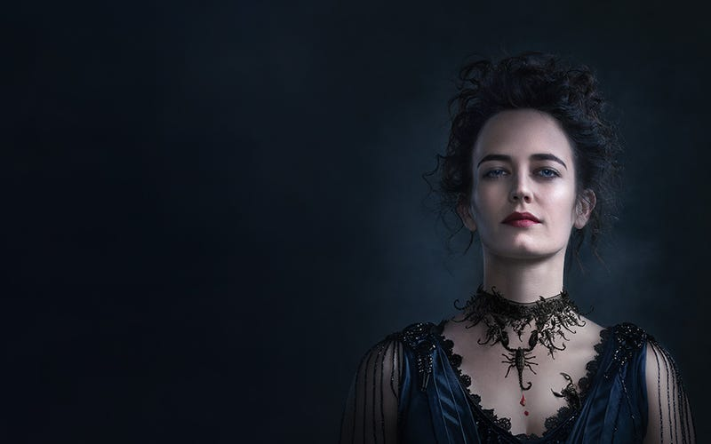 Illustration for article titled 10 Reasons You Need To Be Watching Penny Dreadful