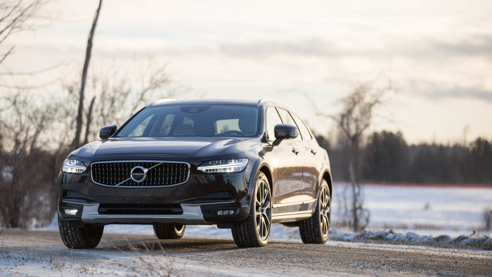 what do you want to know about the 2017 volvo v90 cross country. Black Bedroom Furniture Sets. Home Design Ideas
