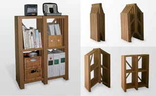 Illustration for article titled PLoP! Collapsible, Recyclable Bookshelves Perfect For Students, Greens