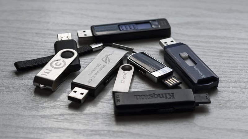 An illustration to an article called Windows refuses to receive a safe removal. & # 39; USB Drives