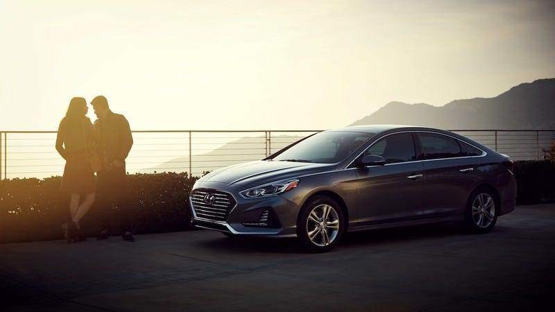 Illustration for article titled Hyundai Wants You To Drive Around With Holograms In Your Car