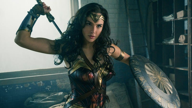 Illustration for article titled Wonder Woman wants no part of this deleted scenes bullshit