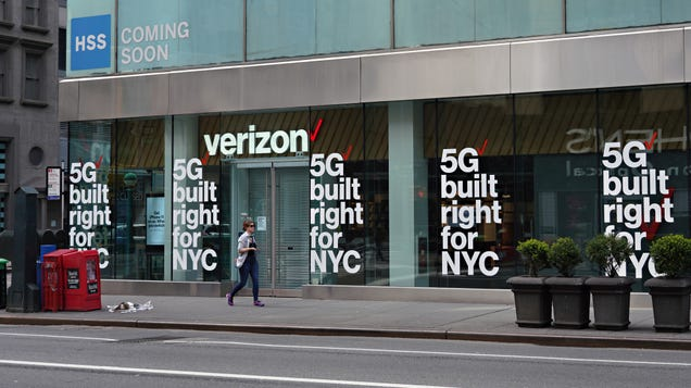 Verizon Will Give You a Bit More Time to Come Up With the Cash