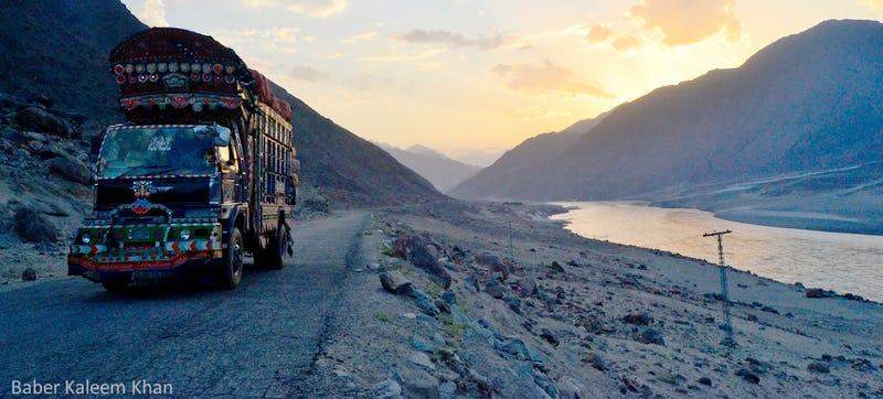 Illustration for article titled Karakoram Highway: Life On The World's Highest International Paved Road