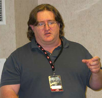 Illustration for article titled DICE 2009 Puts Gabe Newell Behind A Podium