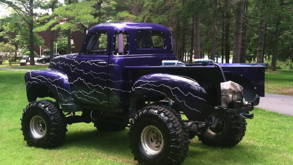 Go Muddin With This Craigslist Monster Truck