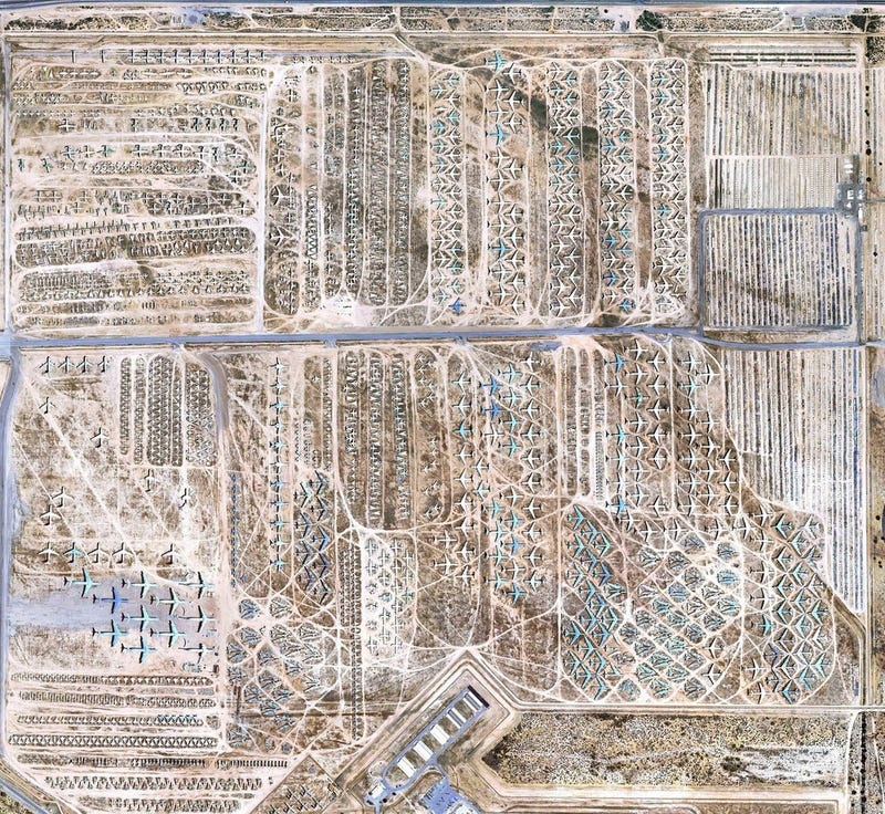 Illustration for article titled Military Airplane Graveyard Resembles Modern Day Nazca Lines