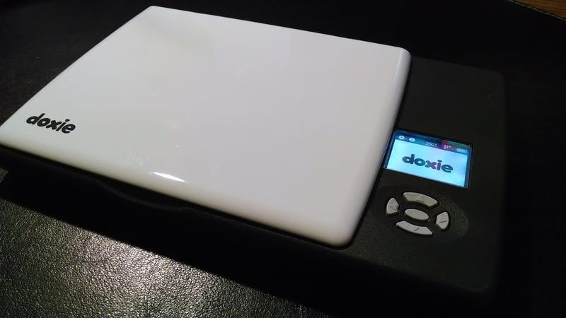 Illustration for article titled The Doxie Flip is a Tiny Scanner for Photos, Notes, Receipts, and More