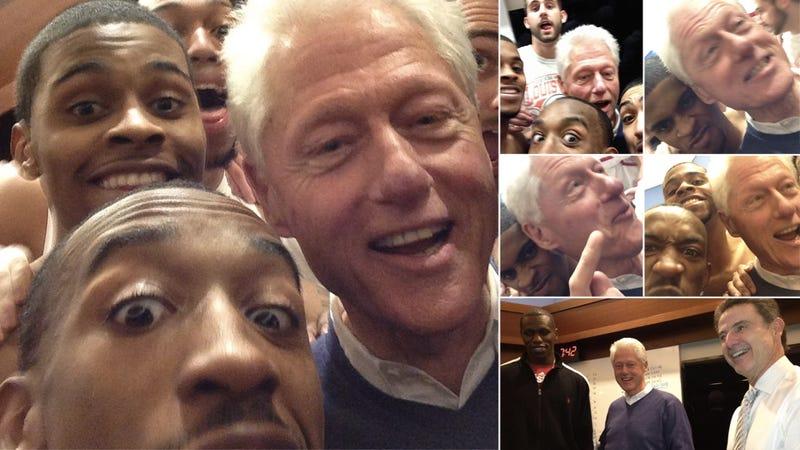Illustration for article titled Louisville Beats Villanova, Hangs With Bill Clinton