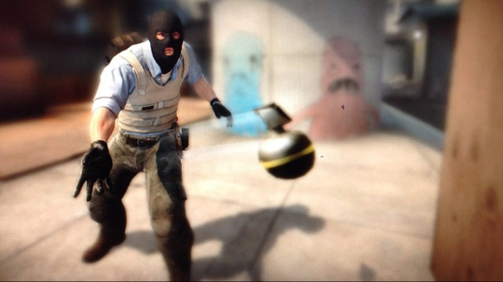 Pro Counter-Strike Team Loses Round Due To Notorious Grenade