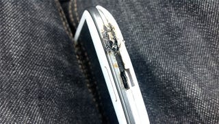 Illustration for article titled The Galaxy S III Is Trying So Hard It Catches Fire