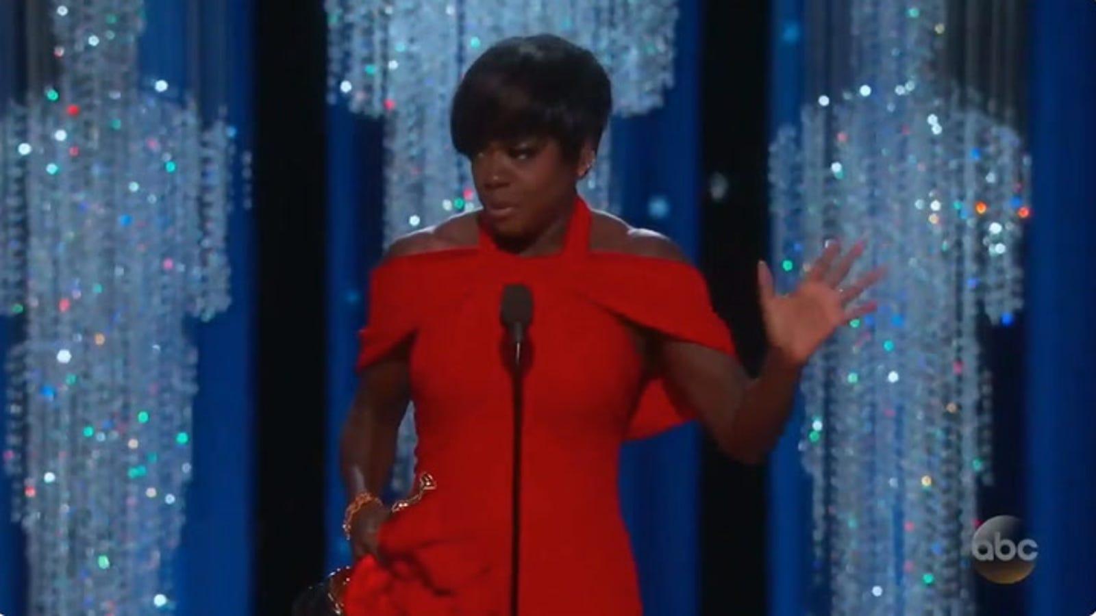 Watch Viola Davis Tearfully Accept Her First Oscar