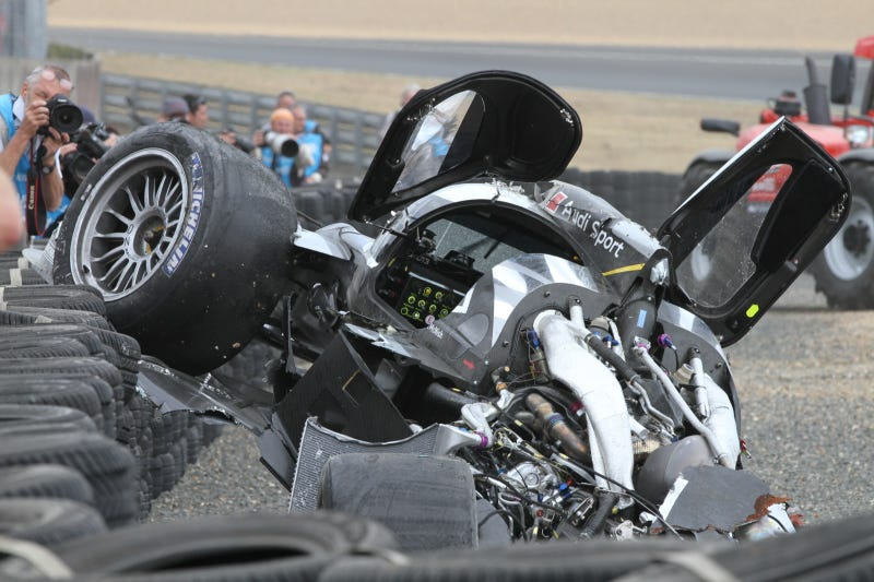Illustration for article titled First amazing Audi R18 Le Mans post-crash photos