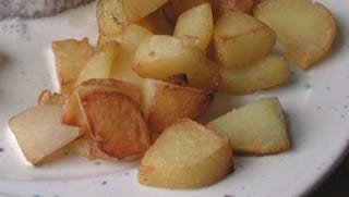 Illustration for article titled Microwave Potatoes Before Frying for Perfect Texture