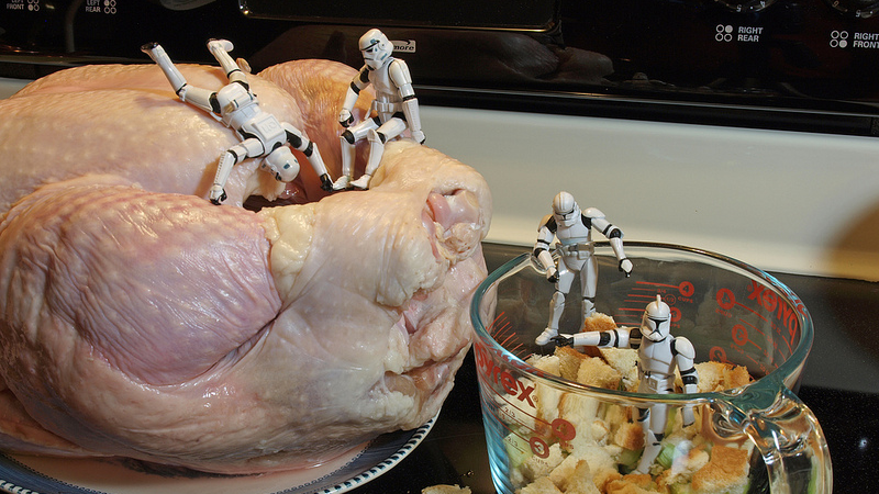 Illustration for article titled Don't Stuff Your Turkey, Put Cooked Stuffing in While the Turkey Rests
