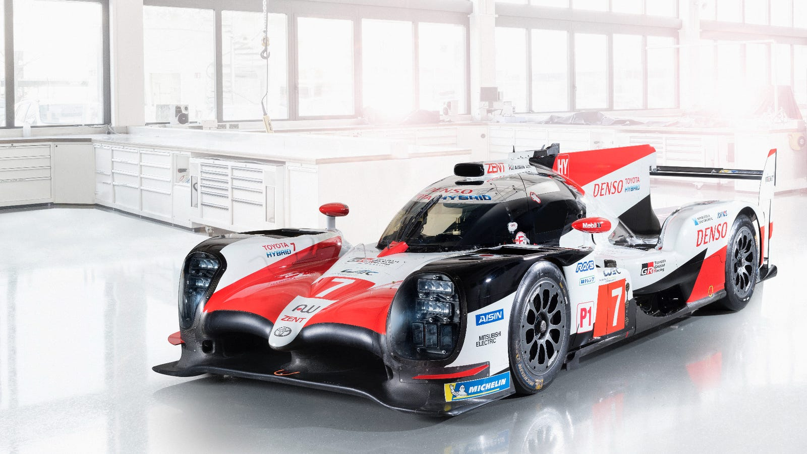 Here\'s The Updated TS050 Prototype Toyota Has Two Shots To Win Le ...