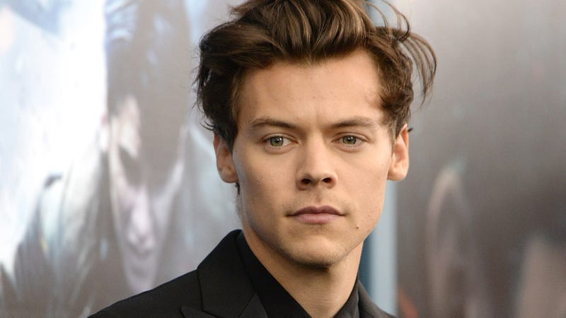 Twitter Rant: Harry Styles Is Tweeting That He Wants One Of His Songs To Have A Parentheses At The End Of It Like '(Original Song From DreamWorks Animation's TROLLS)' But Doesn't Know How To Get It That Way