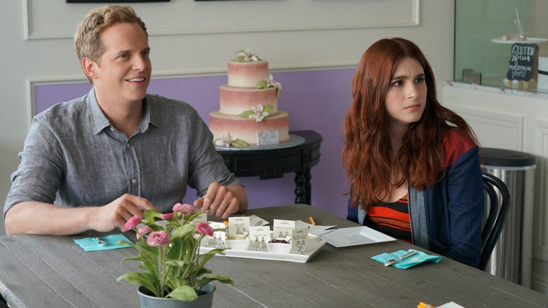 Chris Geere and Aya Cash as Jimmy and Gretchen