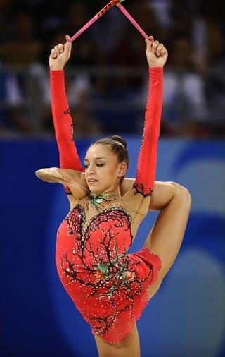 Illustration for article titled Golden Girls: Evgeniya Kanaeva