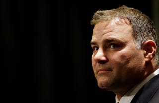 Illustration for article titled Eric Lindros Sues NHL Ref Who Told Story About Him Being A Huge Dickhead