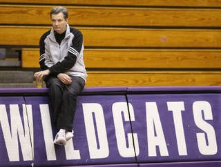 Illustration for article titled Northwestern Has Fired Bill Carmody After 13 Years Of Decent-By-Northwestern-Standards Basketball