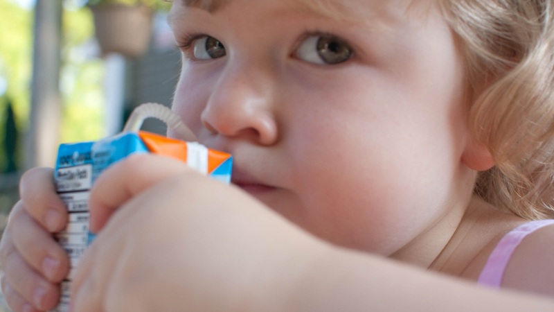 No fruit juice for kids under age one, say pediatricians