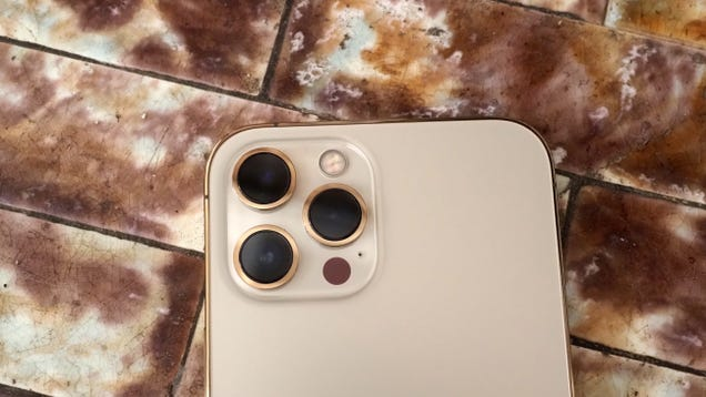 How to Make the Most of the iPhone 12 Pro and Pro Max Cameras