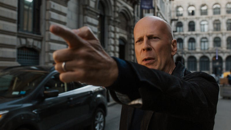Illustration for article titled Bruce Willis has a Death Wish in Eli Roth's faithfully fascist, gun-nut remake