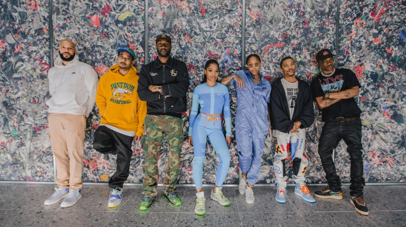 Virgil Alboh (third from left) and the NikeLab Chicago Re-Creation Center mentee panel.