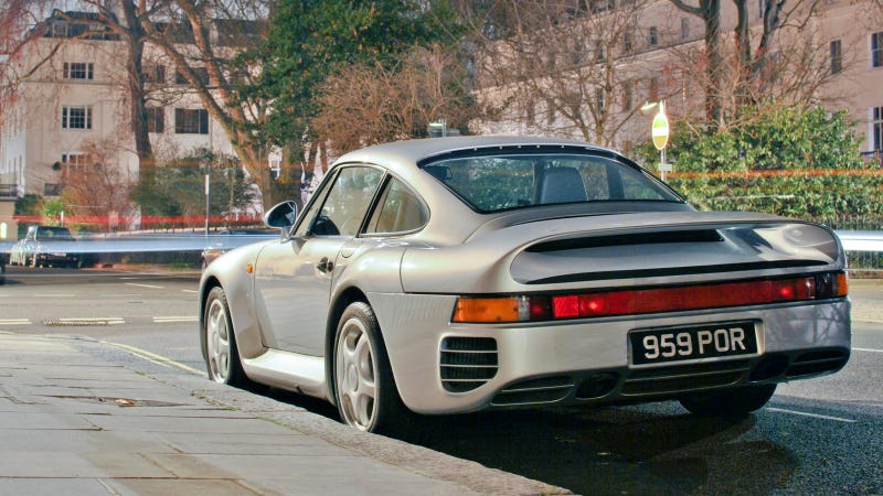 Illustration for article titled Your Ridiculously Awesome Porsche 959 Wallpaper Is Here