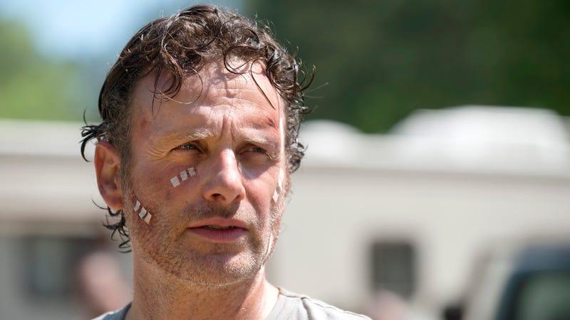 Illustration for article titled SurvivingThe Walking DeadSeason 6 Premiere: Was It a Good Plan?