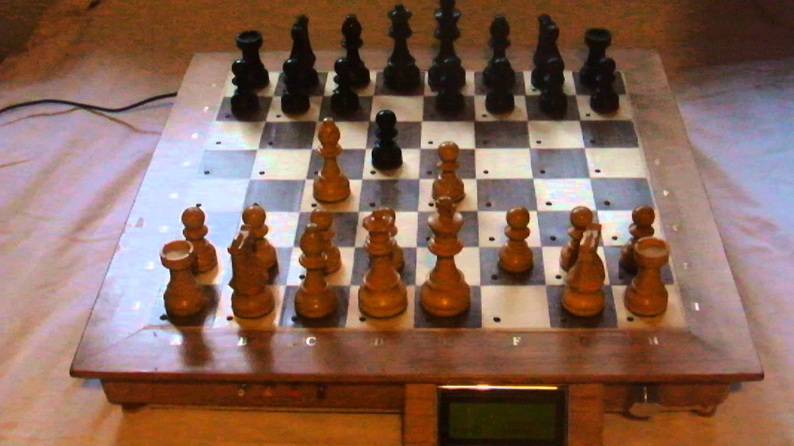This DIY Chess Board Lets You Play Against a Machine on a