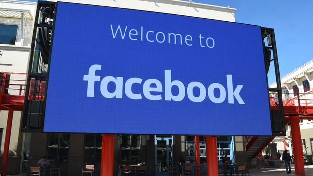 Federal Appeals Court Says Facebook, Twitter Aren t Conspiring to Suppress Conservative Views