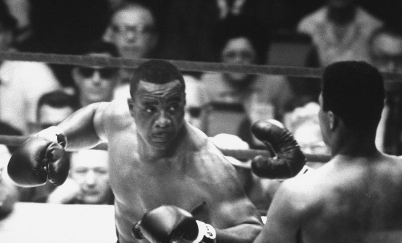 Illustration for article titled For Some Stupid Reason, Everyone Was Shocked When Clay Beat Liston