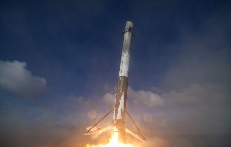 Illustration for article titled SpaceX lanzará su primer cohete Falcon 9 reutilizado este mismo mes