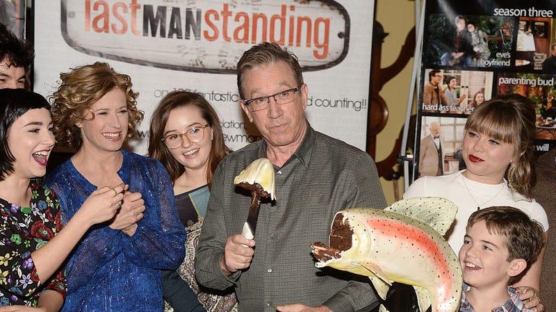 Molly Ephraim, Nancy Travis, Kaitlyn Dever, Tim Allen, Amanda Fuller, and Flynn Morrison celebrate the 100th episode of Last Man STanding