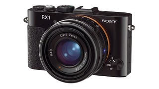Illustration for article titled Leaked Sony RX1 Fits a DSLR in Your Pocket