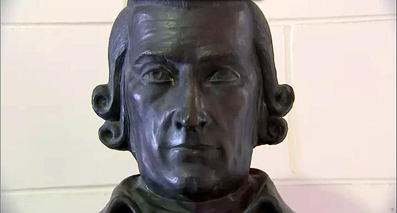 Illustration for article titled Una ciudad lleva 40 años homenajeando al inventor de las cerillas con la estatua equivocada