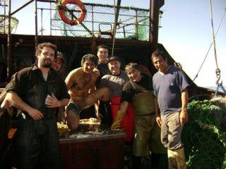 Lucas Trillo con algunos compañeros de tripulación / Facebook de Lucas Trillo.